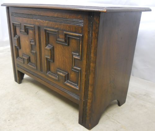 Antique Jacobean Style Dark Oak Small Blanket Chest